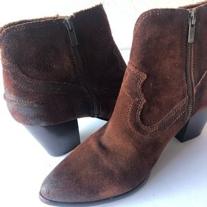 Frye Distressed ankle Renee dark brown booties